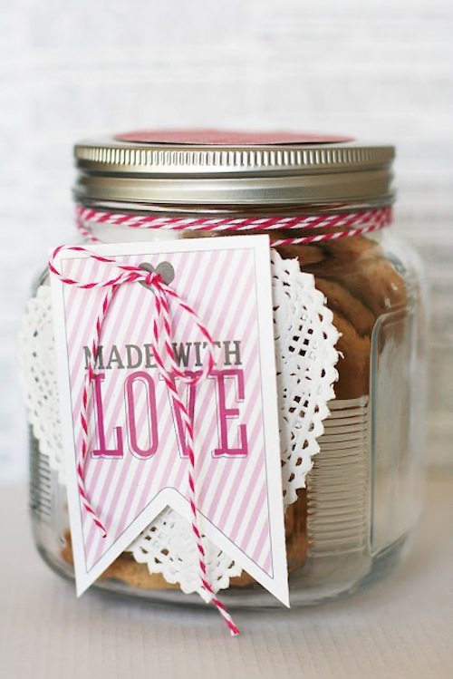 eighteen25 Printable Valentines | via Fox & Brie