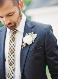Wedding: Donovan & Samantha | Photo by Michelle March | Necktie by Fox & Brie