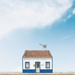 sejkko lonely house | via Fox & Brie